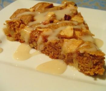 Посна торта од јаболка (без масло)