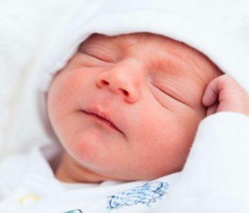 Што вели науката за бебињата родени во мај?