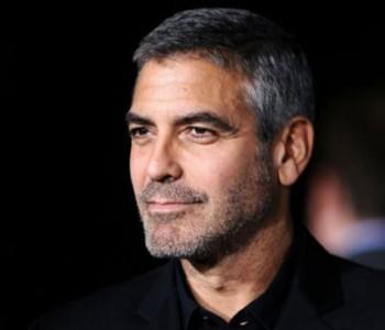Итно пренесен во болница, Џорџ Клуни доживеал сообраќајка