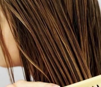Дали ќе настинете ако излезете надвор со измиена коса?