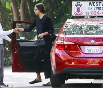 Ирина Шајк учи да вози во влечки (фото)
