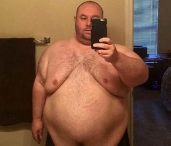 Имал 200 килограми, сопругата го оставила, а денес е толку добар фраер што девојките вртат глава по него