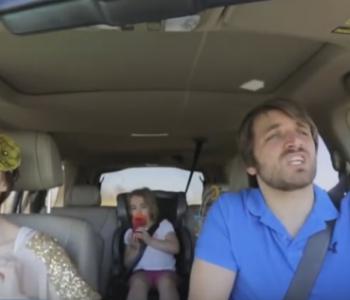 Како да го засрамите вашето дете, а тоа да го видат милиони луѓе? (видео)
