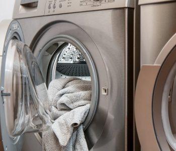 Машината за перење алишта – расадник на бактерии ако не го правите ова