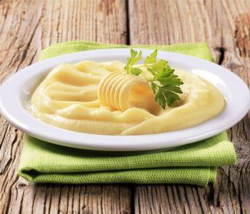Малите тајни на големите готвачи: Тајна состојка која пирето го прави совршено кремасто и вкусно