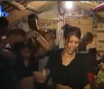 Урнебесно видео: Како слави Нова година најбројното ромско семејство во БиХ
