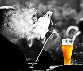 Пушачи, не е вистина дека цигарите ве смируваат и опуштаат