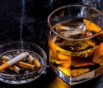 Алкохоличарите живеат 23 години помалку, пушачите 10…