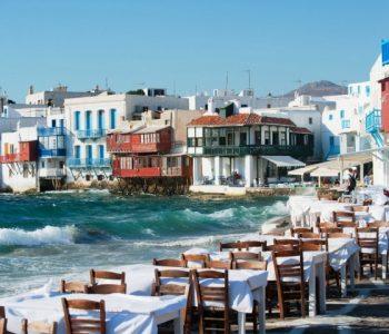 Како Миконос стана најполуларниот остров за забава? (видео)