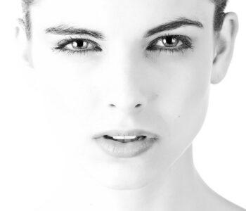 Едноставен трик за убавина: Правете го ова на две недели и имајте совршено чисто лице