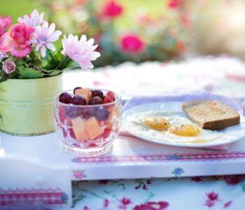 Најдобрите намирници за појадок со кои уште утре треба да го започнете денот